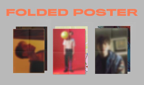 ランダム折りたたみポスター1枚(2種類のうち1種類/バージョン別全6種類)