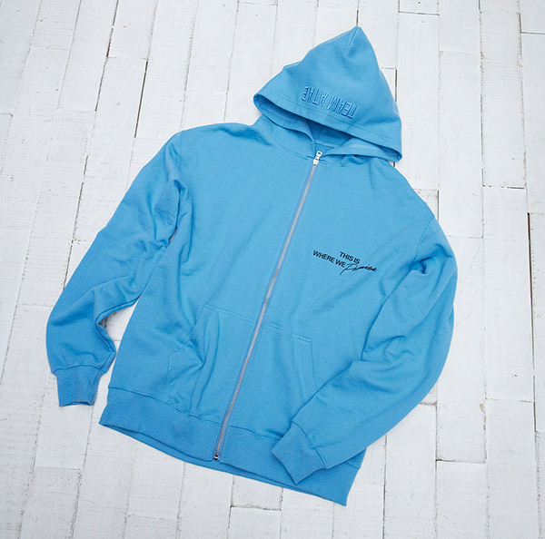 ZIP UP HOODIE<small>(S/M/L)</small>